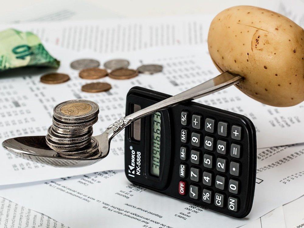 CFE inicia malabareando presupuesto