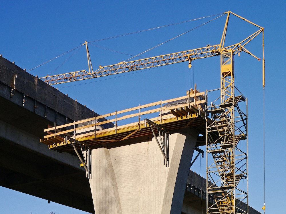 construccion de puente con prefabricados